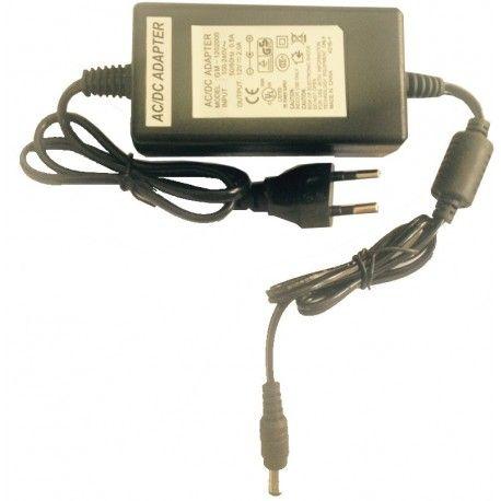 IZ-5552A. Alimentador 12V/2A